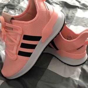 NWT&Box Adidas